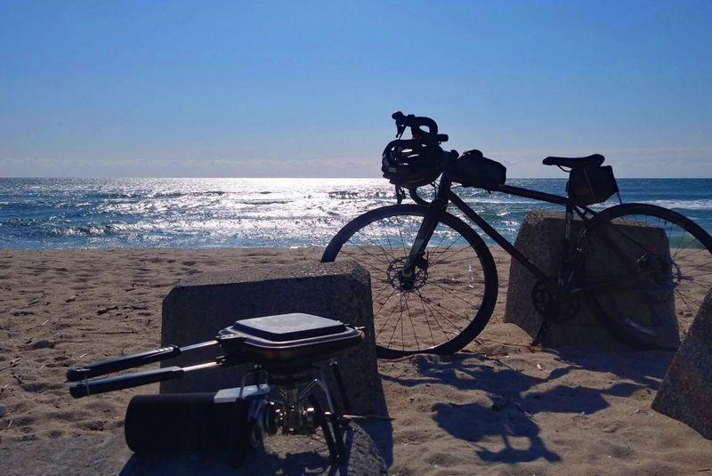 ロードバイクでキャンプ!バイクパッキングで荷物を積もう!